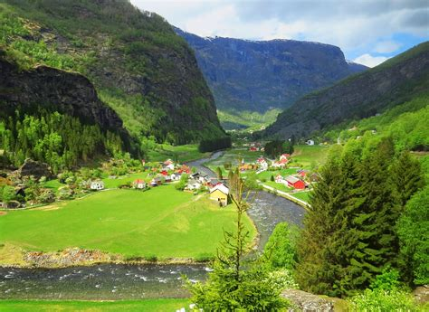The Flam Valley One Of The Most Beautiful Train Rides In