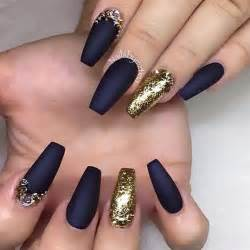 Best ideas about black gold nails on nail