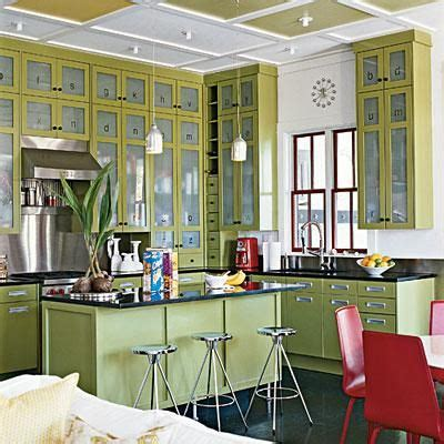 lights for cabinets in kitchen 35 best 1940s kitchen remodel ideas images on 9695