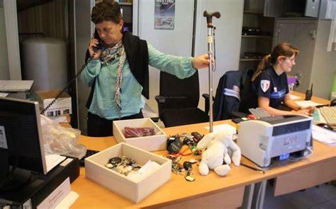 bureau des objets trouv bureau des objets trouves 28 images bureau des objets
