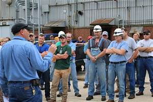 Manufacturing Group pauses to reflect on lives of Hill and ...