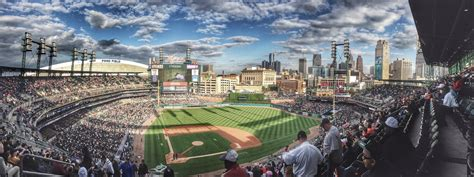 Opening Day MLB: Chicago White Sox vs. the Detroit Tigers ...