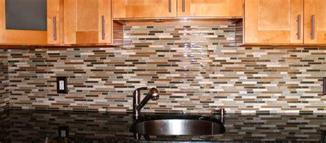 Glass Tile Kitchen Backsplash How To Install Glass Tile Backsplash In Kitchen
