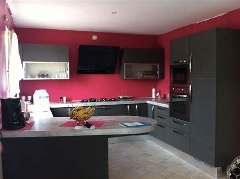 cuisine noir et grise decoration cuisine et gris