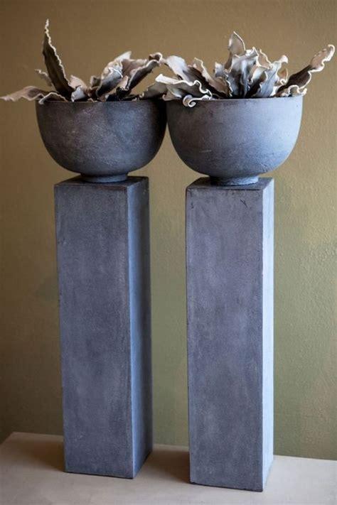 uitverkoop meubels helmond mooie grote pilaren met schaal kan voor buiten en binnen