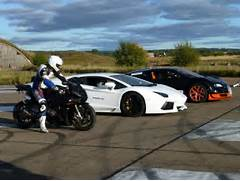 lamborghini-aventador-vs-bugatti-veyron-vitesse-vs-bmw-s1000-rr  Lamborghini Vs Bmw