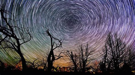 time lapses reveal dazzling starscape  grand canyon