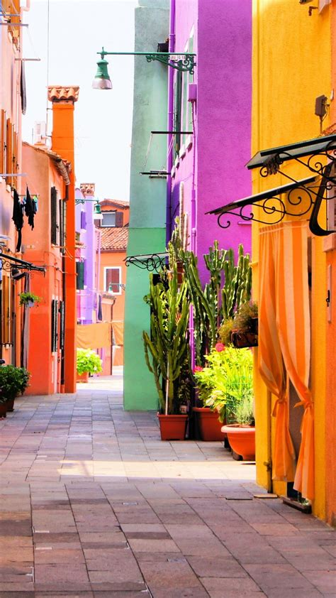 colorful italy street multicolored houses android