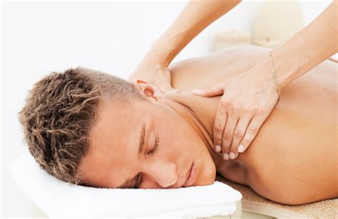Sports Massage Techniques To Relieve Tight Muscles