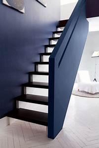17 meilleures idees a propos de murs gris bleu sur With peinture mur exterieur couleur 10 deco moderne de cage descalier avec peinture rose