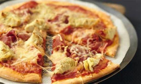 cuisiner artichaud recette pizza aux coeurs d 39 artichauts coppa et sublime