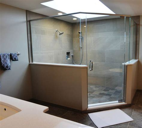 Bathroom Colors For 2015 by 8 Bathroom Renovation Design Trends For 2015