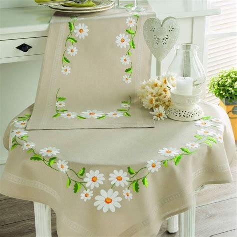 m 225 s de 25 ideas incre 237 bles sobre manteles bordados en caminos de mesa fabric
