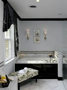 le salle de bain design en blanc et noir With salle de bain design avec décoration pour un 50e anniversaire de mariage