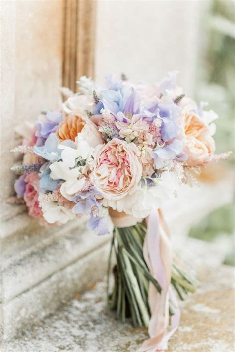 5 Ways To Put The Spring Into Your Spring Wedding