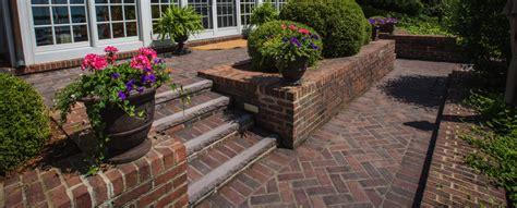 Using Concrete Pavers For Big Backyard