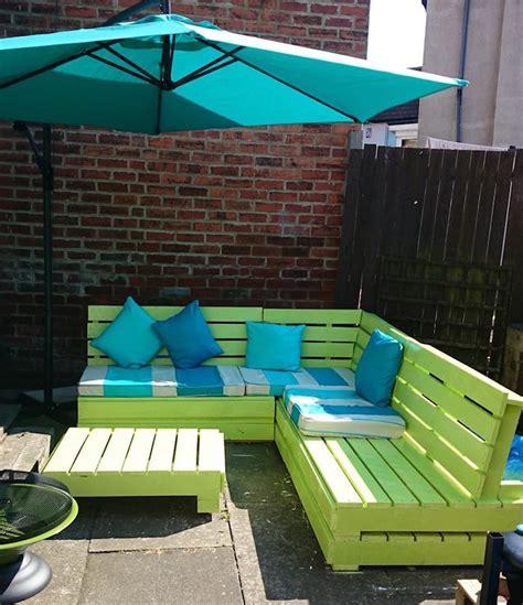 52 id 233 es pour fabriquer votre meuble de jardin en palette archzine fr