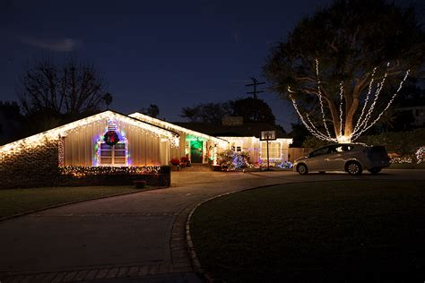 palos verdes homes decorated for the holiday