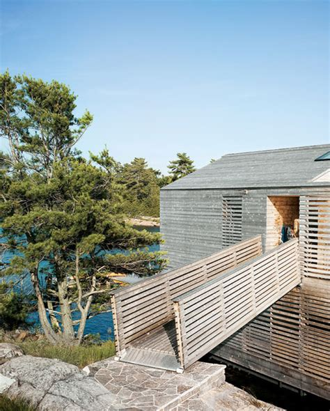 floating house   integrated boathouse  dock