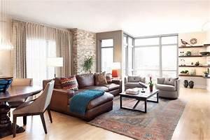 Kamin Mitten Im Raum : gute gr nde f r die positionierung vom sofa mitten im raum ~ Frokenaadalensverden.com Haus und Dekorationen