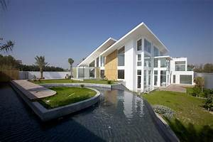 Contemporary Residence Bahrain House Architected by MORIQ ...