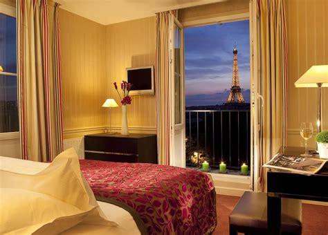 eiffel tower hotels hotel   eiffel tower