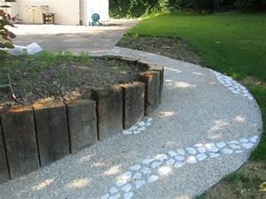 une allee betonnee dans votre jardin With allee de jardin en galet 17 terrasse gravier lave