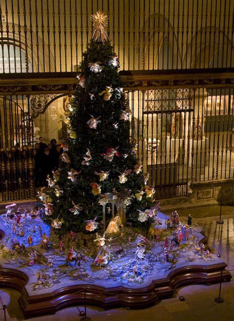 christmas tree  neapolitan baroque creche