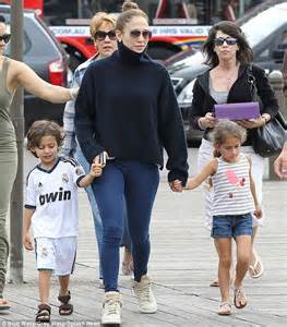 'five Years Of Joy And True Love!!!' Jennifer Lopez Bakes
