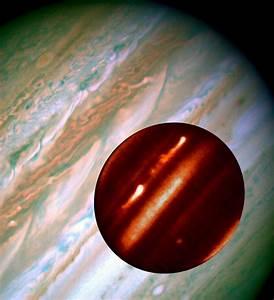 HubbleSite - Picture Album: Hubble/IRTF Composite Image of ...