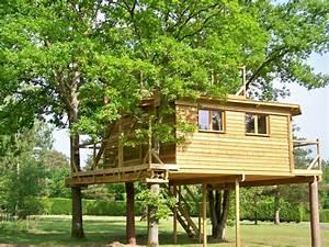 Cabane Dans Les Arbres Construction : la cabane dans les arbres s journez dans nos cabanes dans les arbres et sous terre f re en ~ Mglfilm.com Idées de Décoration