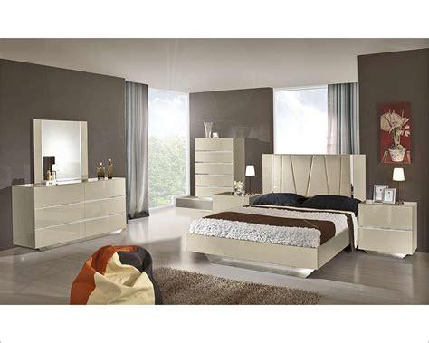 contemporary luxury ebony lacquer bedroom set bset