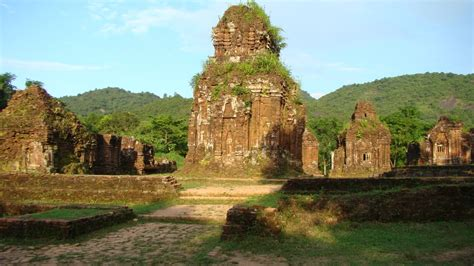 Phoebettmh Travel (vietnam)  My Son Sanctuary The
