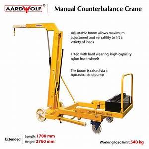 The Manual Counterbalanced Crane Has An Adjustable Boom To