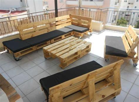 lounge möbel paletten gartenm 246 bel aus paletten selber bauen und den au 223 enbereich ausstatten