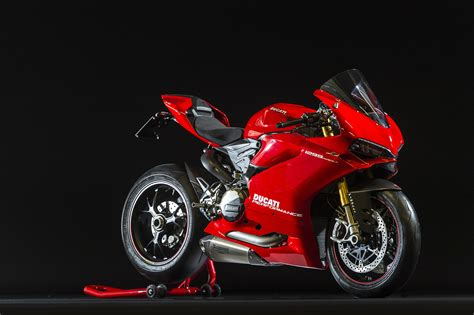 Ducati Panigale Image by 2016 Ducati 959 And 1299 Panigale Test Riders Wanted Image