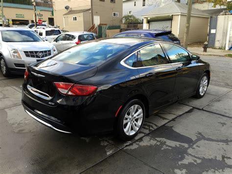 chrysler  limited sedan