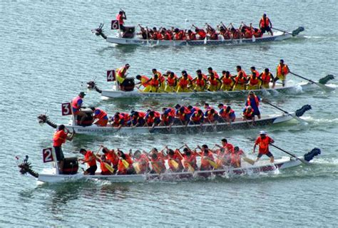Dragon Boat Racing by Dragon Boat Races Festival Once Again It S Time To Row
