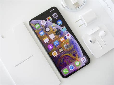 how to use an iphone 苹果再遭吐槽 iphone xs max陷 信号门 网友 iphone 搜狐科技 搜狐网 3394