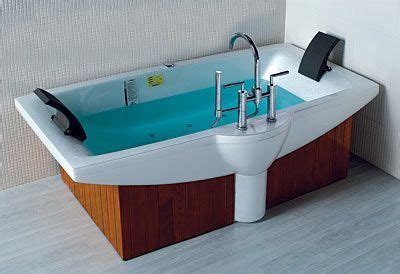 Big Soaker Tub by Large Soaking Tubs Tubs Lineaaqua Prince 75 X 40