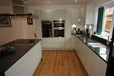white gloss kitchen  black granite worktops worcester