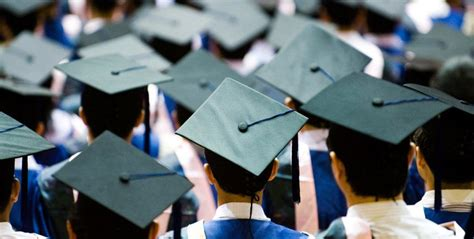 banks  refinance  consolidate  student loans