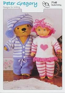Pyjama Party Outfit : peter gregory double knitting dk pattern for dolls pyjama party outfits 7140 ~ Eleganceandgraceweddings.com Haus und Dekorationen