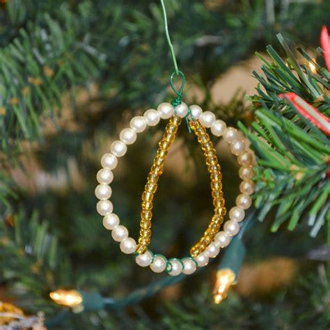 snugglebug university easy beaded ornaments
