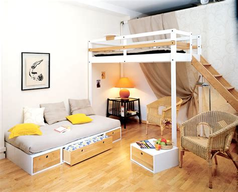 Bedroom Furniture For Small Rooms by Make The Best Out Of The Interior Design Of Small Spaces