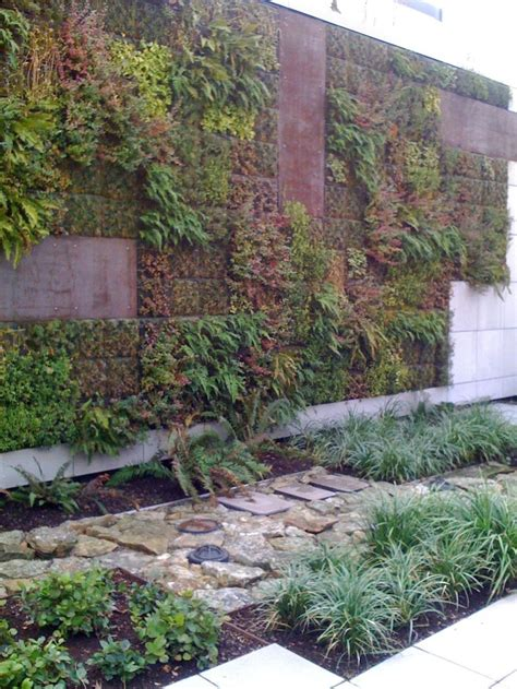 elements vertical garden images  pinterest green walls vertical gardens
