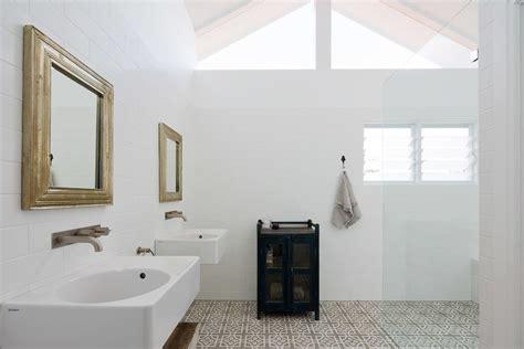 Badezimmer Unterschiedliche Fliesen by Badezimmer Fliesen Praktische Gestaltung Mit Starker