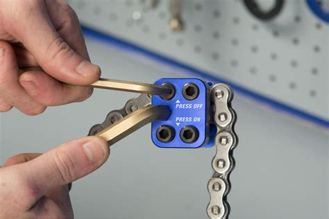 Chain Master Link Press Tool
