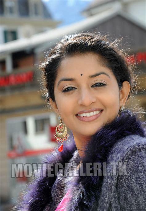 Meera Jasmine Actress Malayalam Tamil Telugu Latest Stills