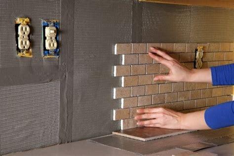 Bondera Tile Mat Backsplash by Bondera Tile Mat Makes Tiling Easy Decor Do It